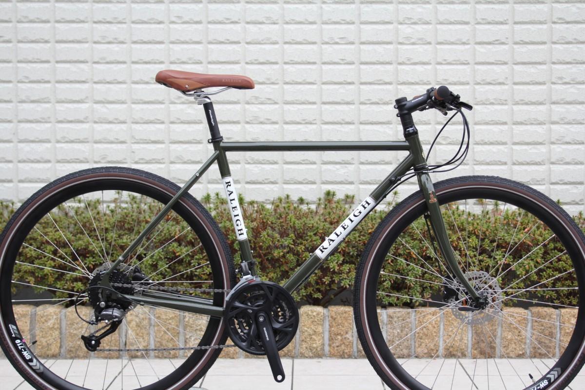 2020 RALEIGH『RFF』標準で40cタイヤ装着のグラベル系クロモリバイク