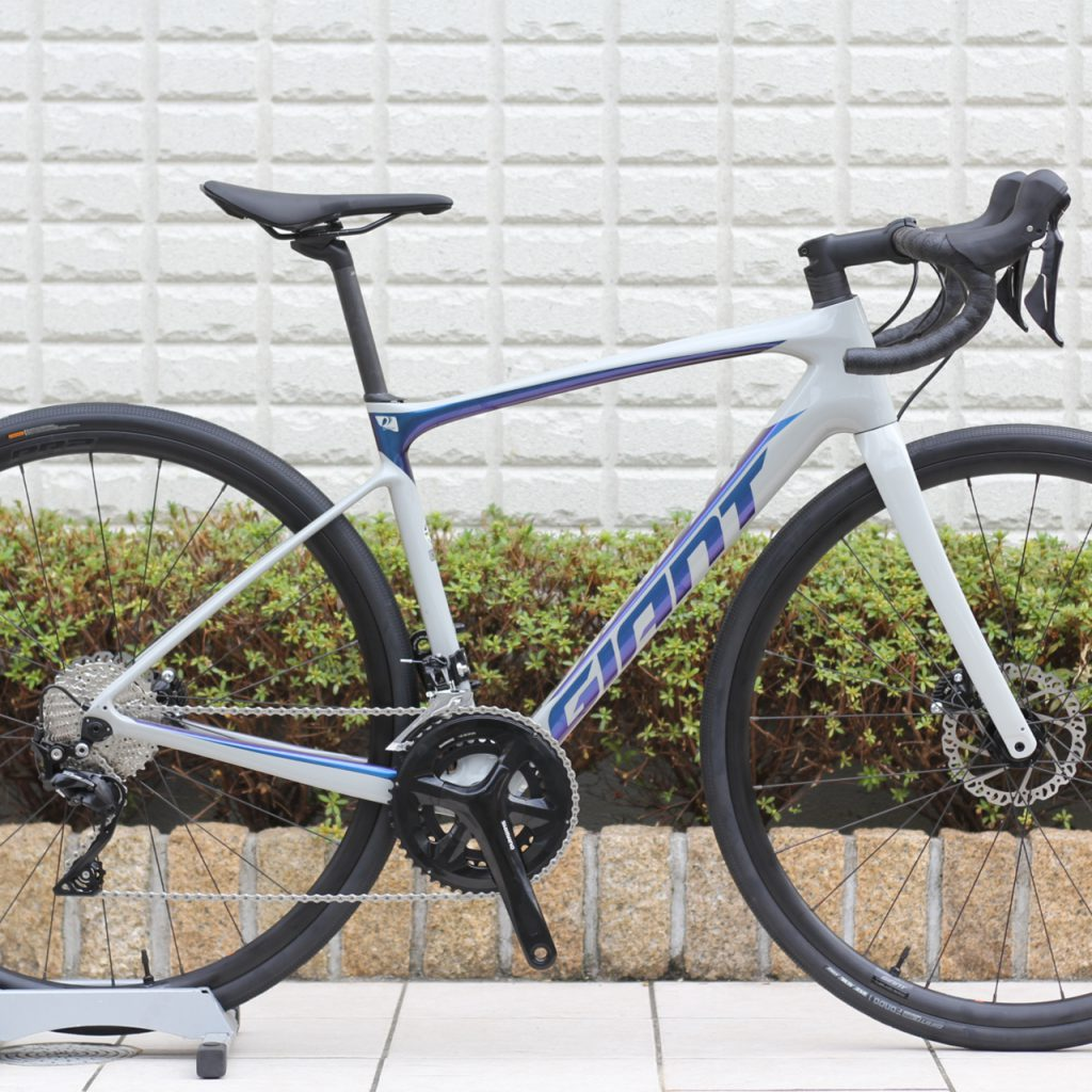 GIANT『DEFY ADVANCED 2』