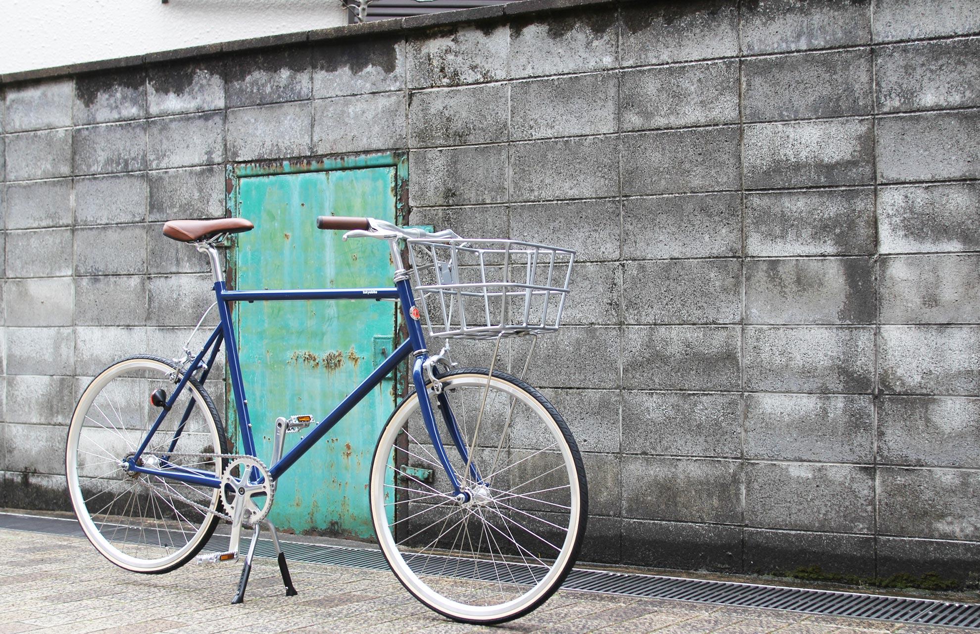 tokyobike『MONO』にバスケットとダブルレッグセンタースタンドをカスタム